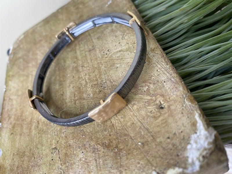 Square metal stretch bracelet
