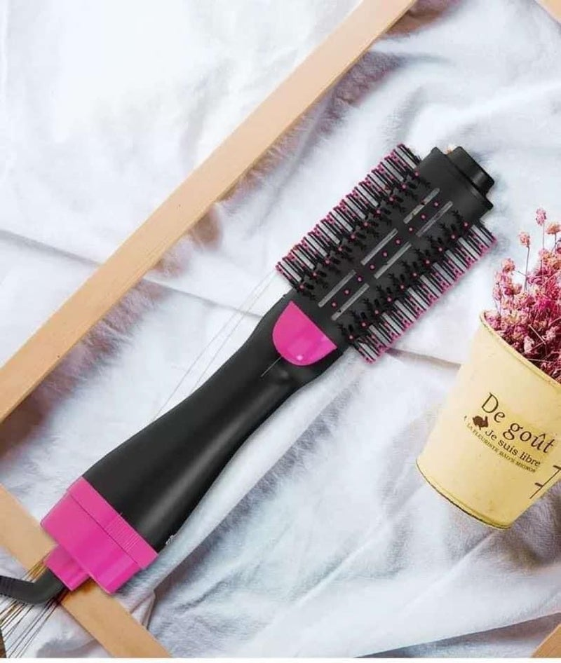 One-Step Hair Dryer And Styler