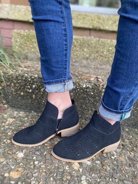 Brier Bootie Shoe