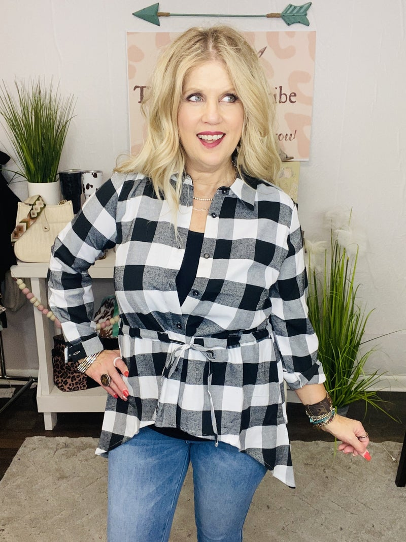 Draw me in plaid tunic
