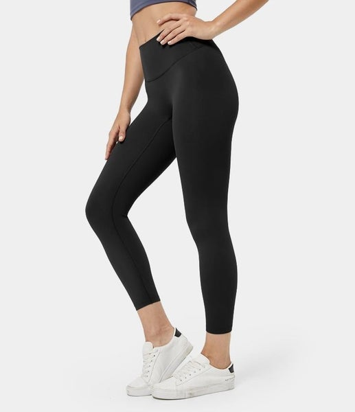 Snakeskin Textured compression leggings with side pockets