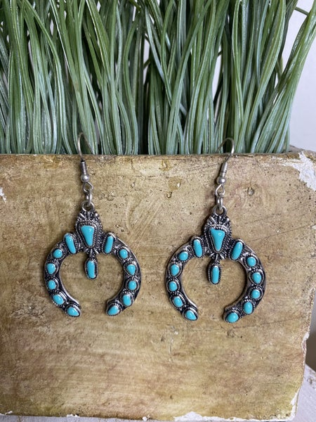 Turquoise and Silver Western crest earrings