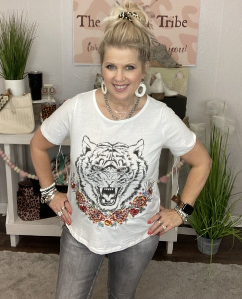 Tiger Embroidered tee by Andree by Unit