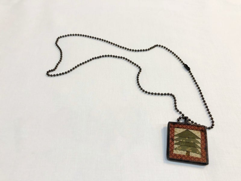 Christmas Pendant with Chain
