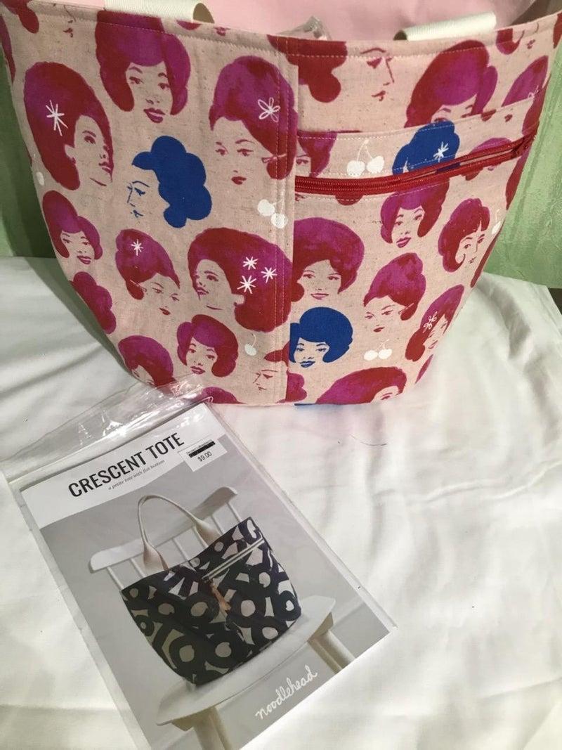 Crescent Tote Kit with bonus matching vinyl bag kit