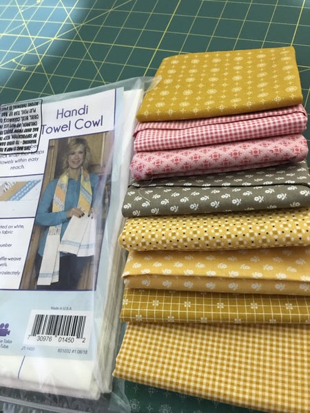 Handi Towel Cowel Kit with Prim Fabrics