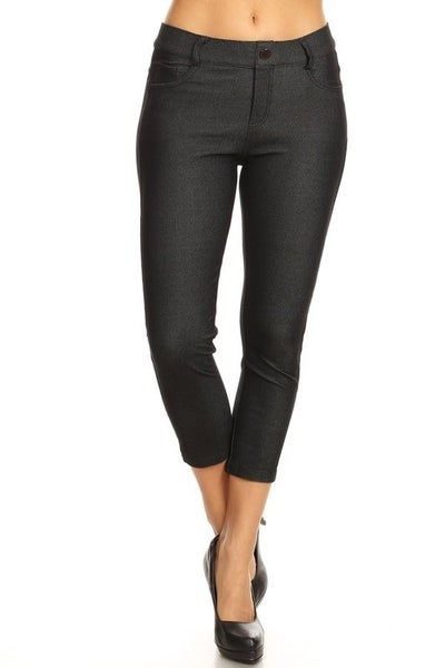 Women's Classic Solid Capri Jeggings in Black