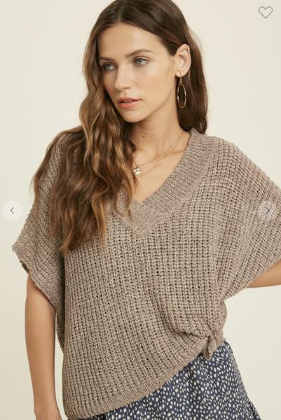 Short Sleeve V-Neck Sweater in Mocha