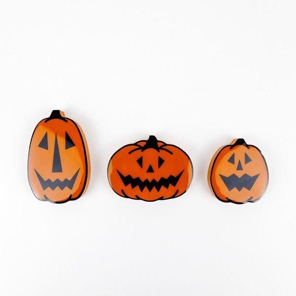"""""""Pumpkin"""" Magnets"""
