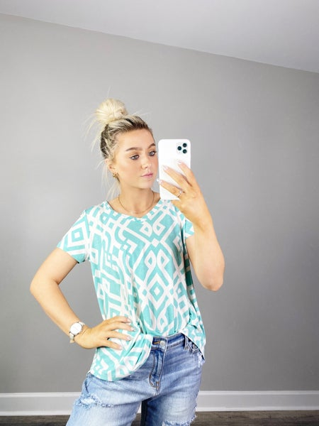 SM & 3X ONLY Mint and Ivory V-Neck Top