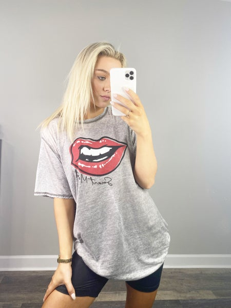 2X ONLY-Smart Mouth Gray Graphic Tee