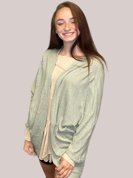 Easel Faded Olive Doman Sleeves Washed Hacci