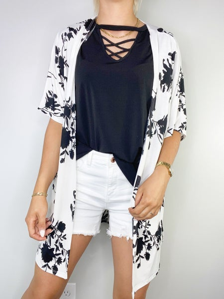Ivory and Black Short Sleeved Cardigan