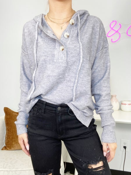 Gray Long Sleeve Solid Knit Sweater