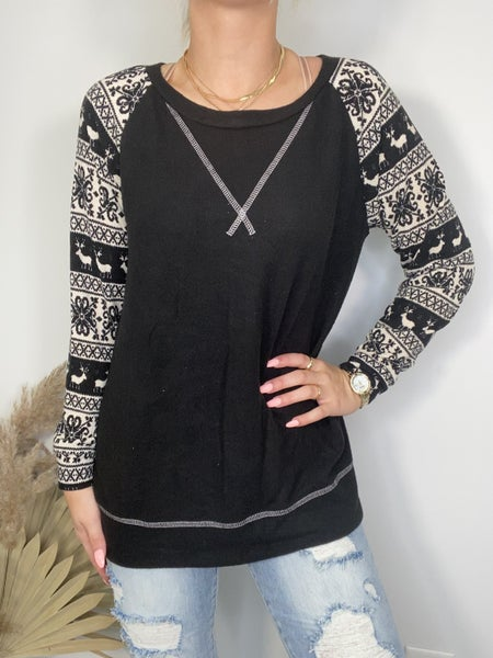 HoneyMe Black and Ivory Top