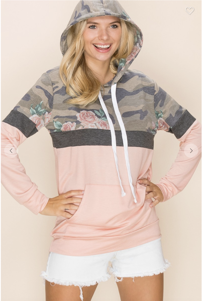 Casual Pullover Hoodie in Camo/Floral Print with Solid Color Contrast