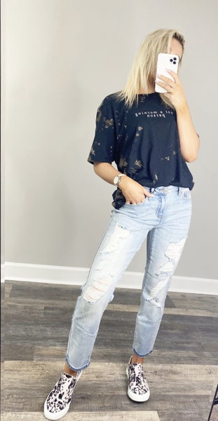 "Judy Blue ""Spring Forward"" Boyfriend Jeans"