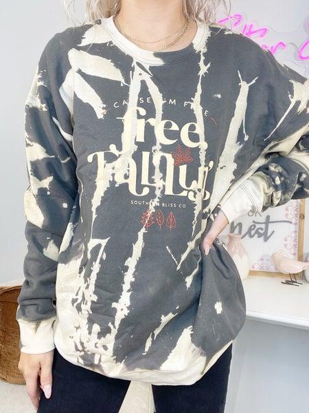 Free Falling Bomba Graphic Sweatshirt