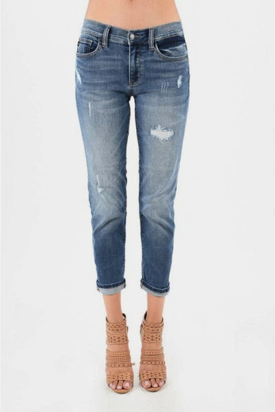 Judy Blue Boyfriend Fit Destroyed Jeans