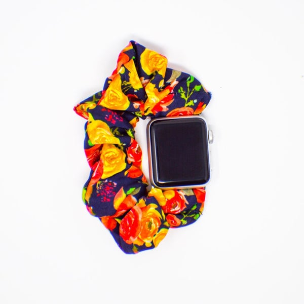 Navy Roses Scrunchie Apple Watch Band - 42/44mm