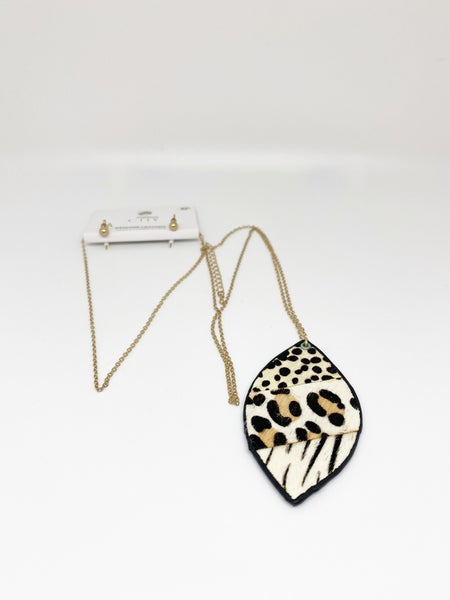 City Genuine Leather Animal Print Necklace & Earrings