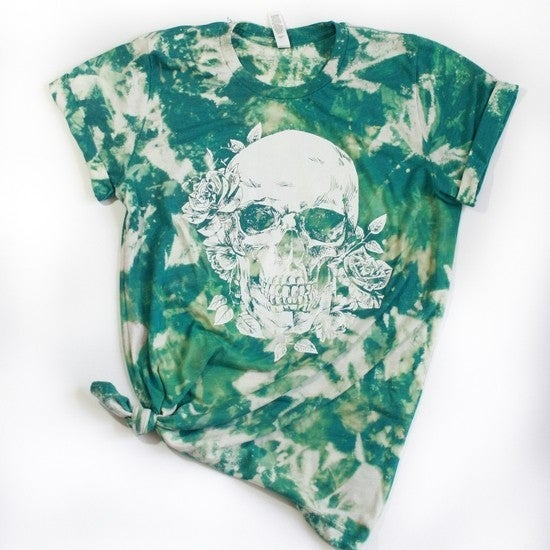 Skull and Roses Green Tie Dye Graphic Tee