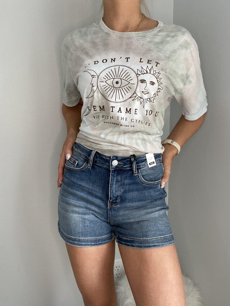 Mid-Rise Hem Denim Shorts