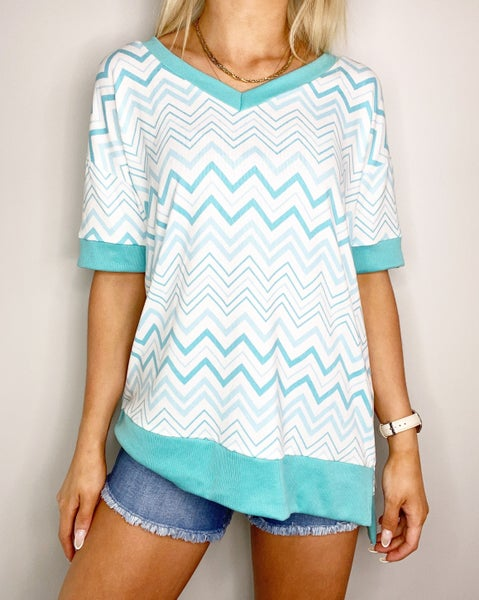 SMALL ONLY Mint and Ivory Veekender Top