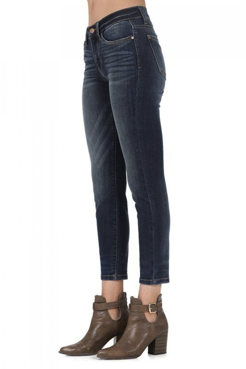 Judy Blue Relaxed Fit Cropped Jean