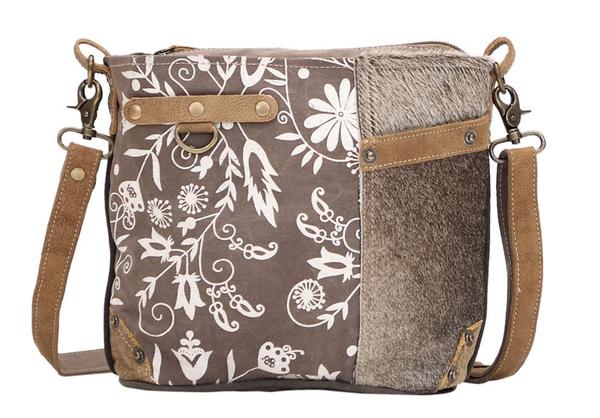 Linaria Shoulder Bag