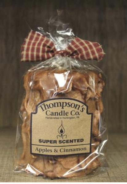Apples & Cinnamon Medium Pillar