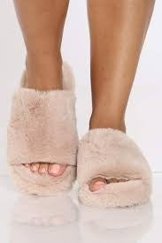 Qupid Sand Faux Fur Sandals