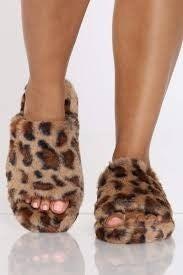 SIZE 5 ONLY - Qupid Leopard Faux Fur Sandal