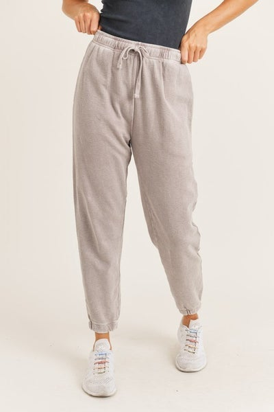 Mineral-Washed Jacquard Joggers in Dusty Pink
