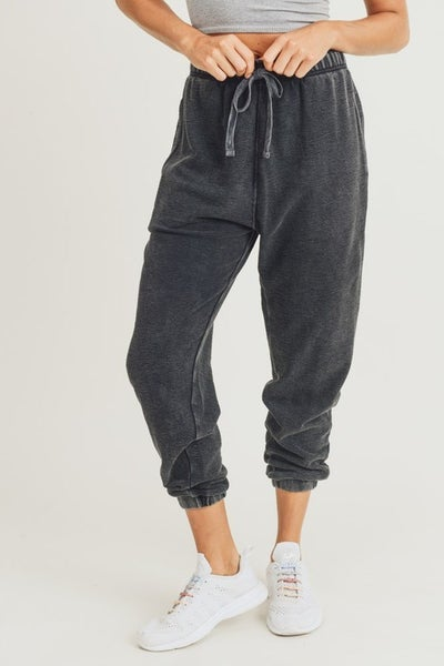 Mineral-Washed Jacquard Joggers in Black