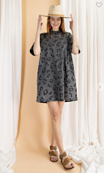 WASHED LEOPARD TUNIC TEE DRESS