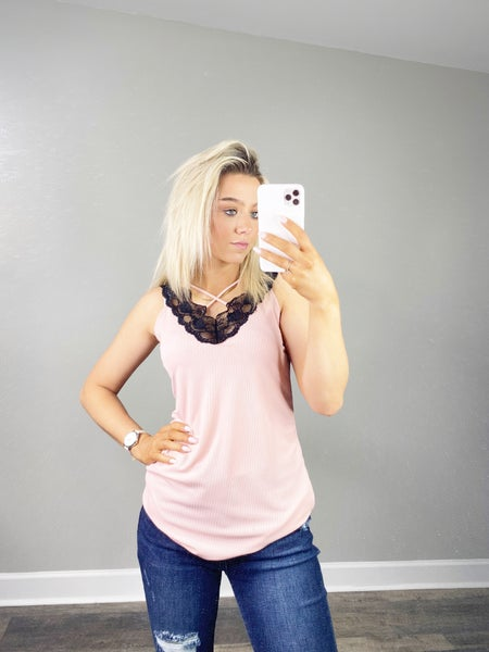 Sleeveless Scallop Laced Top - Blush