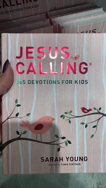 Jesus Calling 365 Devotional for Kids - Pink