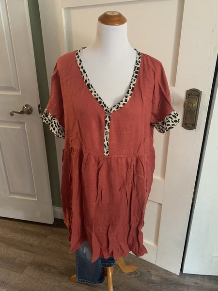 Brick Colored Dress With Leopard Print Ringer & Sleeve Detail