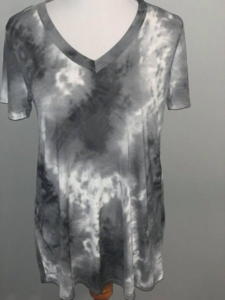Heimish Black and Ivy Tie Dye V-Neck with Short Sleeves