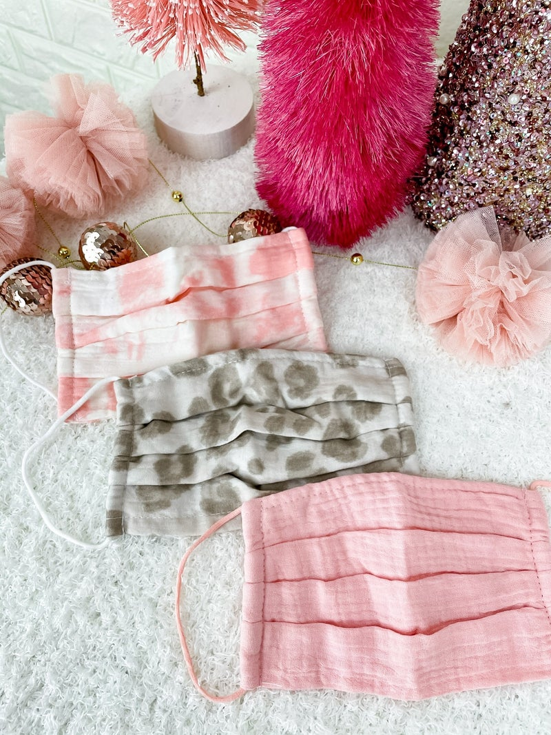 Set of Pink Kitsch Coverings