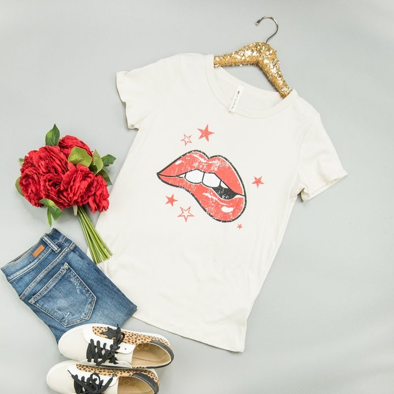 Kissing The Stars Tee *all sales final*