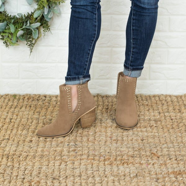 Stone Detailed Brown Booties