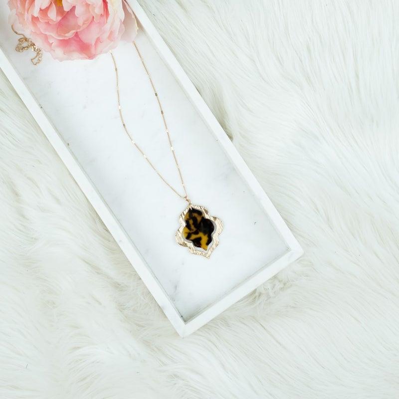 Orante Tortoise Necklace