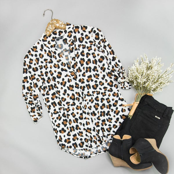 White Leopard Work Top *ALL SALES FINAL*