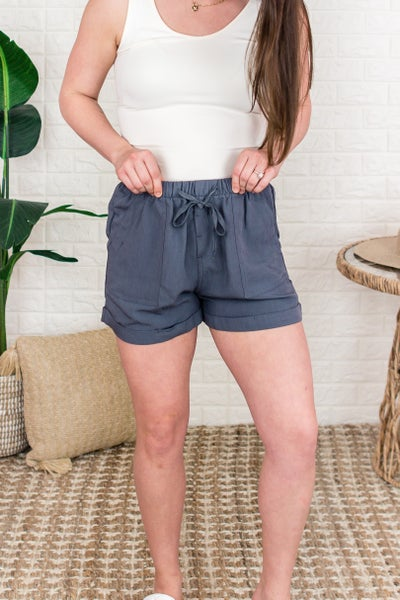 Simple Little Linen Shorts