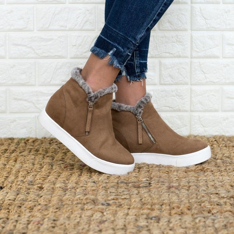 Fur Lined Wedged Sneaker