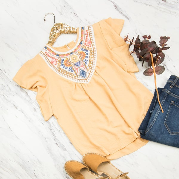 Honey Embroidery Blouse
