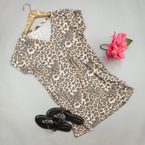 Leo T-Shirt Dress