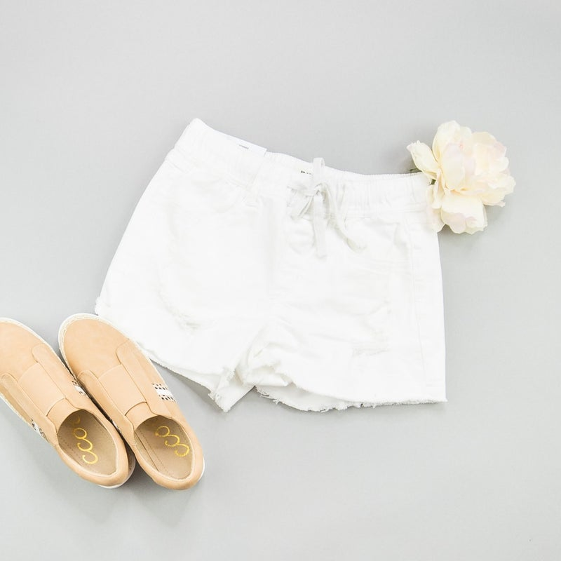 Elastic White Shorts